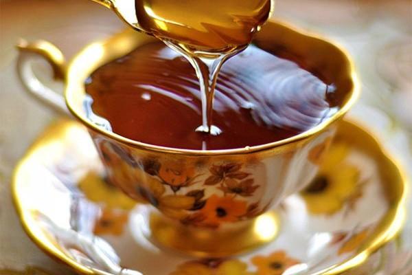 Uống mật ong tốt nhất trong 5 thời điểm